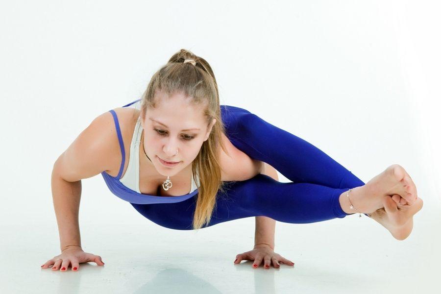 Yoga, Yogastudio,Yoga Uden, Puur yoga Uden, Vinyasa Yoga uden, Restorative yoga uden, Yin yoga Uden, meditatie, mindful