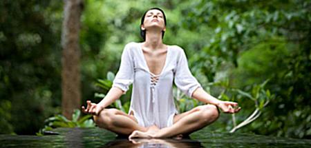 yoga, vinyasa yoga, yin yoga, yogastudio, yogastudio uden, yogalessen uden, yogalessen, restorative yoga,yvanca loeff, yogadocente, ademhaling, ademhaling & yoga,